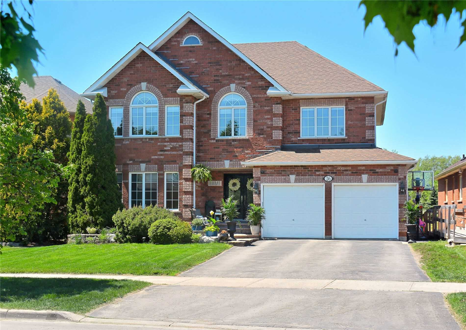 Detached house For Sale In Whitchurch-Stouffville - 26 Thicketwood Blvd, Whitchurch-Stouffville, Ontario, Canada L4A1K1 , 4 Bedrooms Bedrooms, ,4 BathroomsBathrooms,Detached,For Sale,Thicketwood