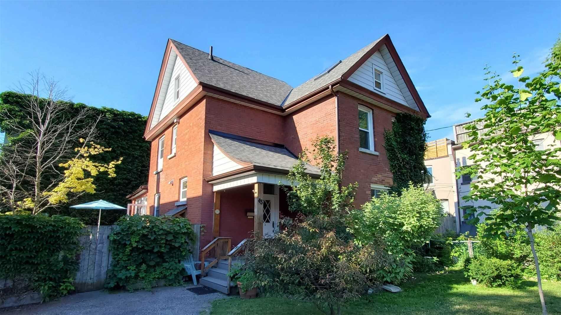 43 Northumberland St, Toronto, Ontario M6H1R2, 6 Bedrooms Bedrooms, 21 Rooms Rooms,4 BathroomsBathrooms,Triplex,For Sale,Northumberland,W5297869