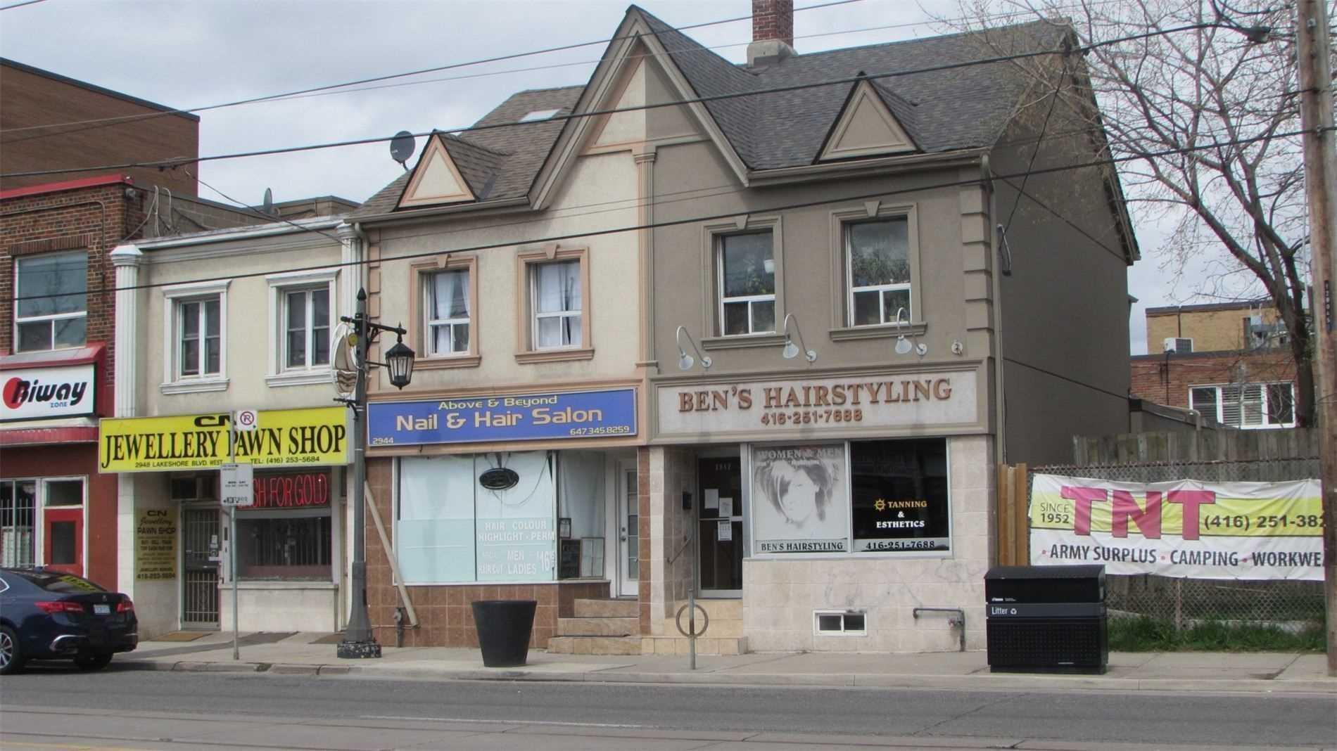 Semi-Detached For Sale In Toronto , 1 Bedroom Bedrooms, ,3 BathroomsBathrooms,Semi-Detached,For Sale,Lake Shore