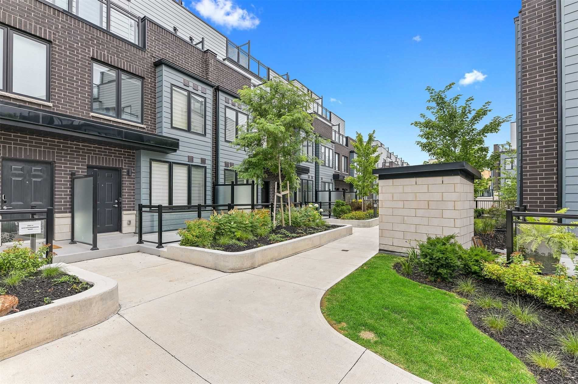 Condo Townhouse For Sale In Mississauga , 3 Bedrooms Bedrooms, ,3 BathroomsBathrooms,Condo Townhouse,For Sale,3,Bromsgrove