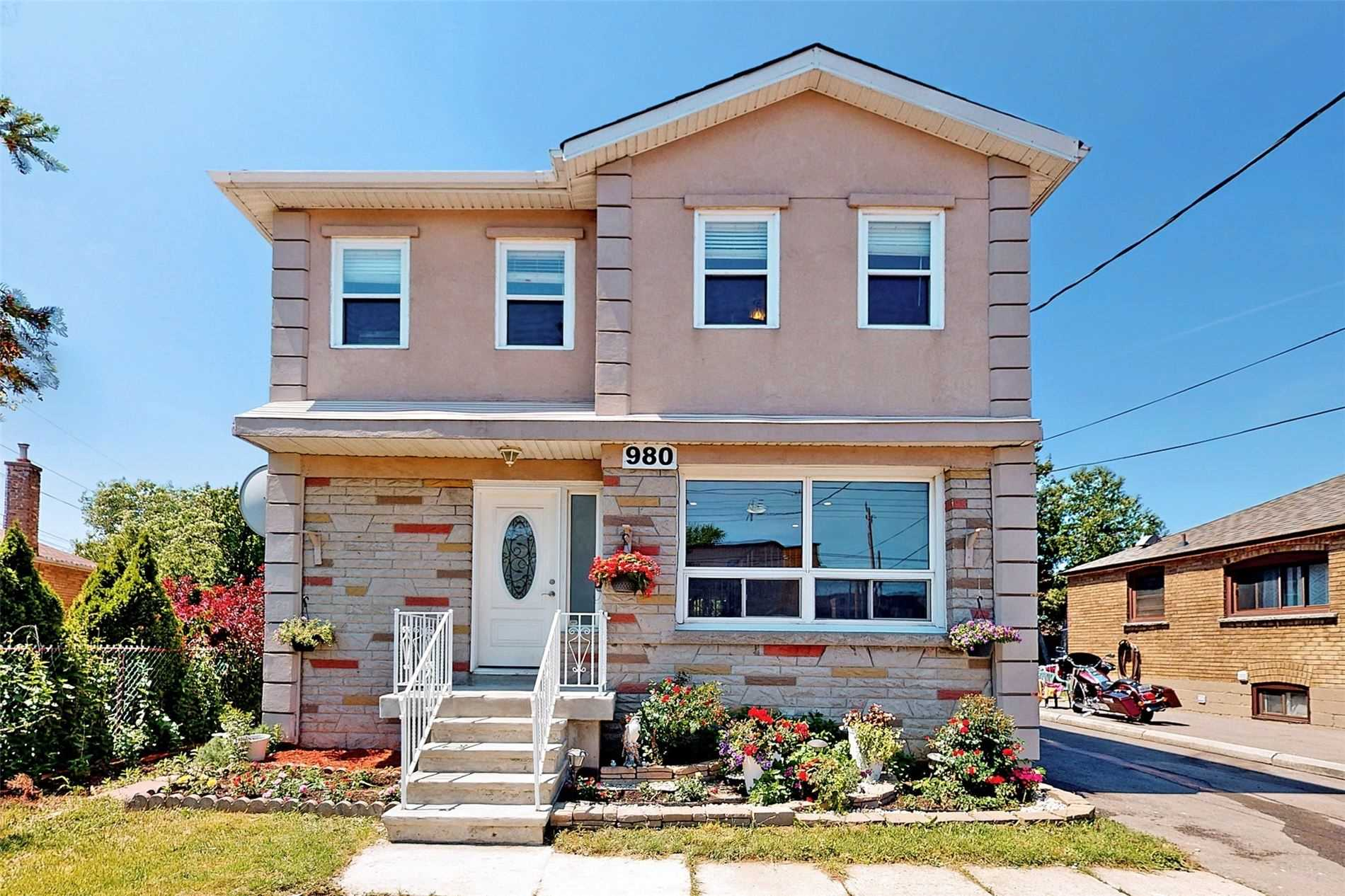 980 Warden Ave, Toronto, Ontario M1R2N8, 5 Bedrooms Bedrooms, 8 Rooms Rooms,4 BathroomsBathrooms,Detached,For Sale,Warden,E5303093