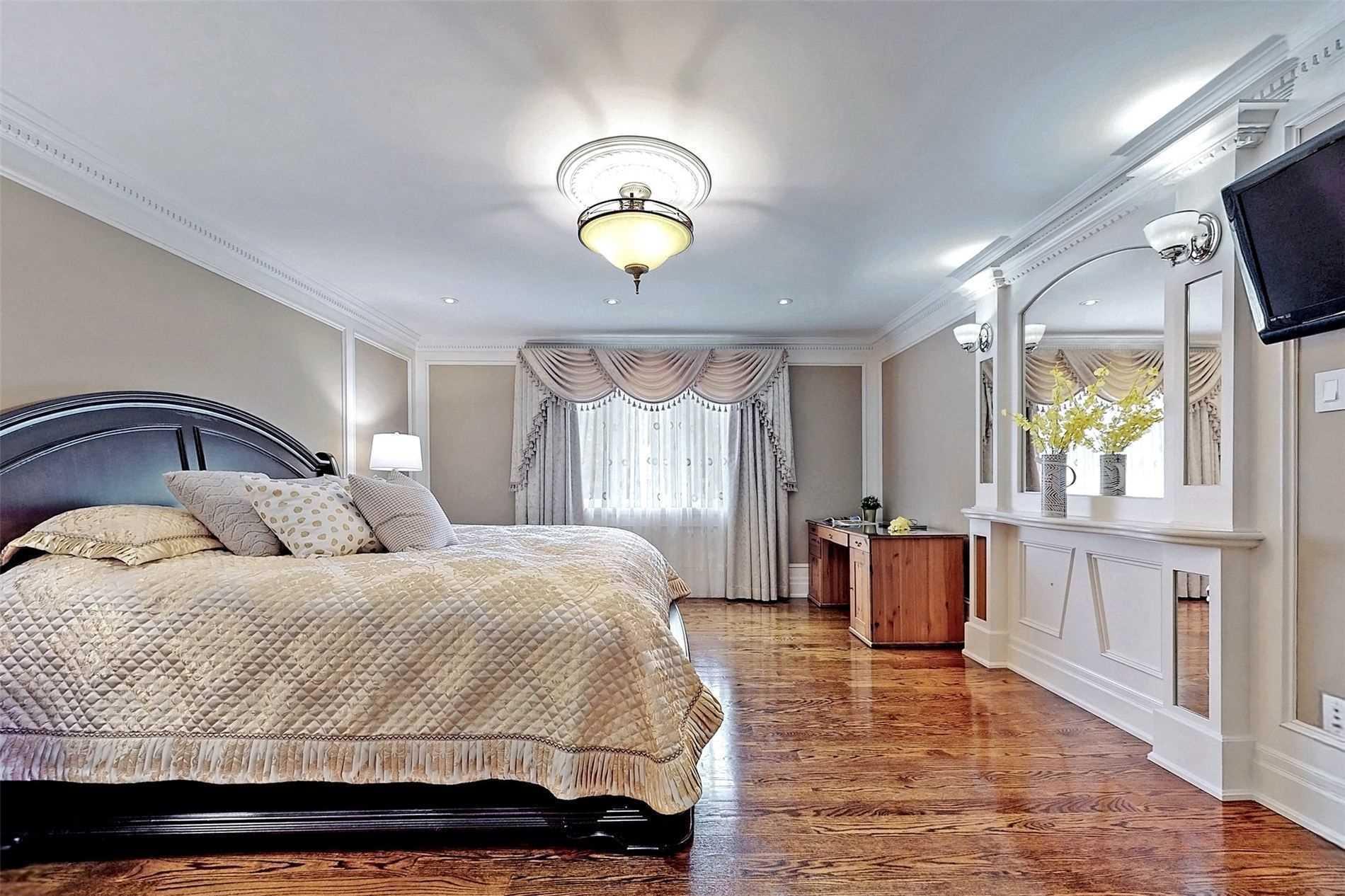 16 Kerwood Cres, Toronto, Ontario M1T2S2, 3 Bedrooms Bedrooms, 7 Rooms Rooms,5 BathroomsBathrooms,Detached,For Sale,Kerwood,E5304612