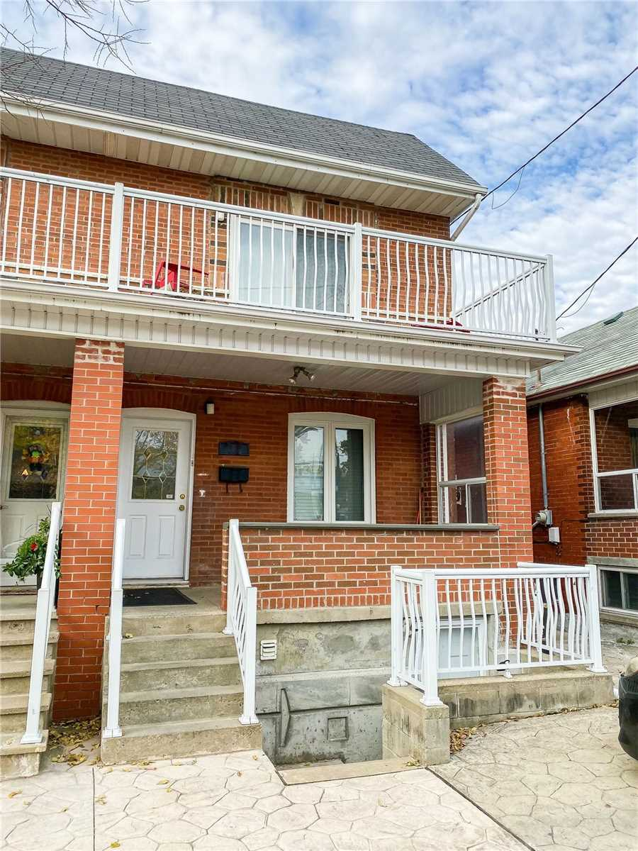 Upper Level For Lease In Toronto