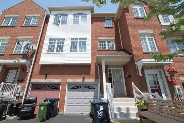 Att/row/twnhouse For Lease In Toronto