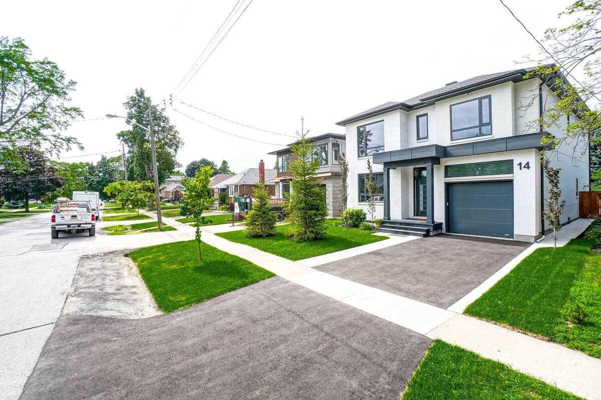 14 Edgecroft Rd, Toronto, Ontario M8Z2B6, 4 Bedrooms Bedrooms, 11 Rooms Rooms,5 BathroomsBathrooms,Detached,For Sale,Edgecroft,W5307318