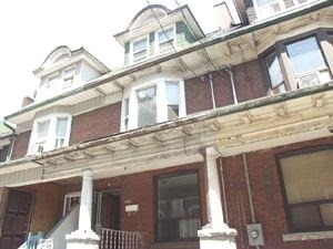 Att/row/twnhouse For Lease In Toronto , 1 Bedroom Bedrooms, ,1 BathroomBathrooms,Att/row/twnhouse,For Lease,Bsmt,Dufferin