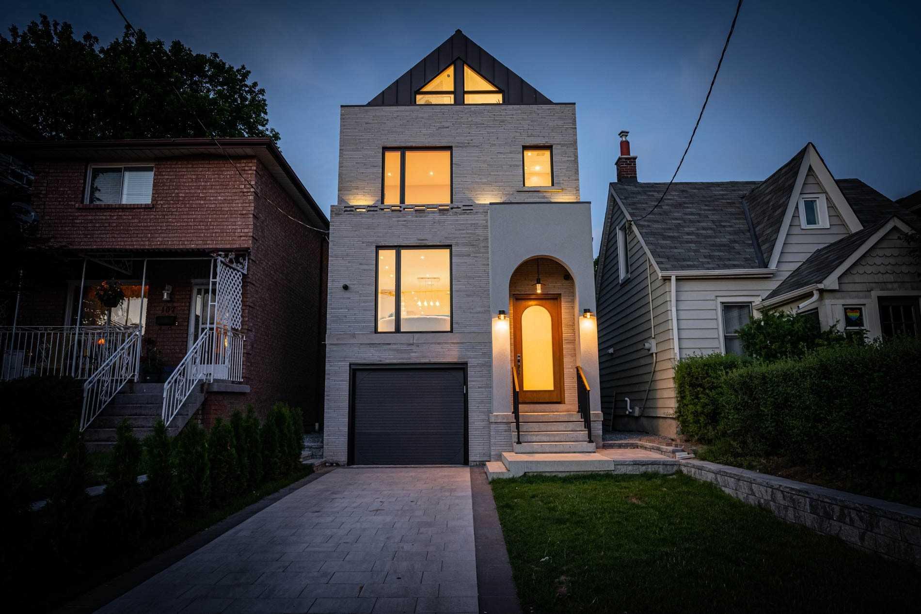 103 Priscilla Ave, Toronto, Ontario M6S3W4, 4 Bedrooms Bedrooms, 8 Rooms Rooms,6 BathroomsBathrooms,Detached,For Sale,Priscilla,W5309744