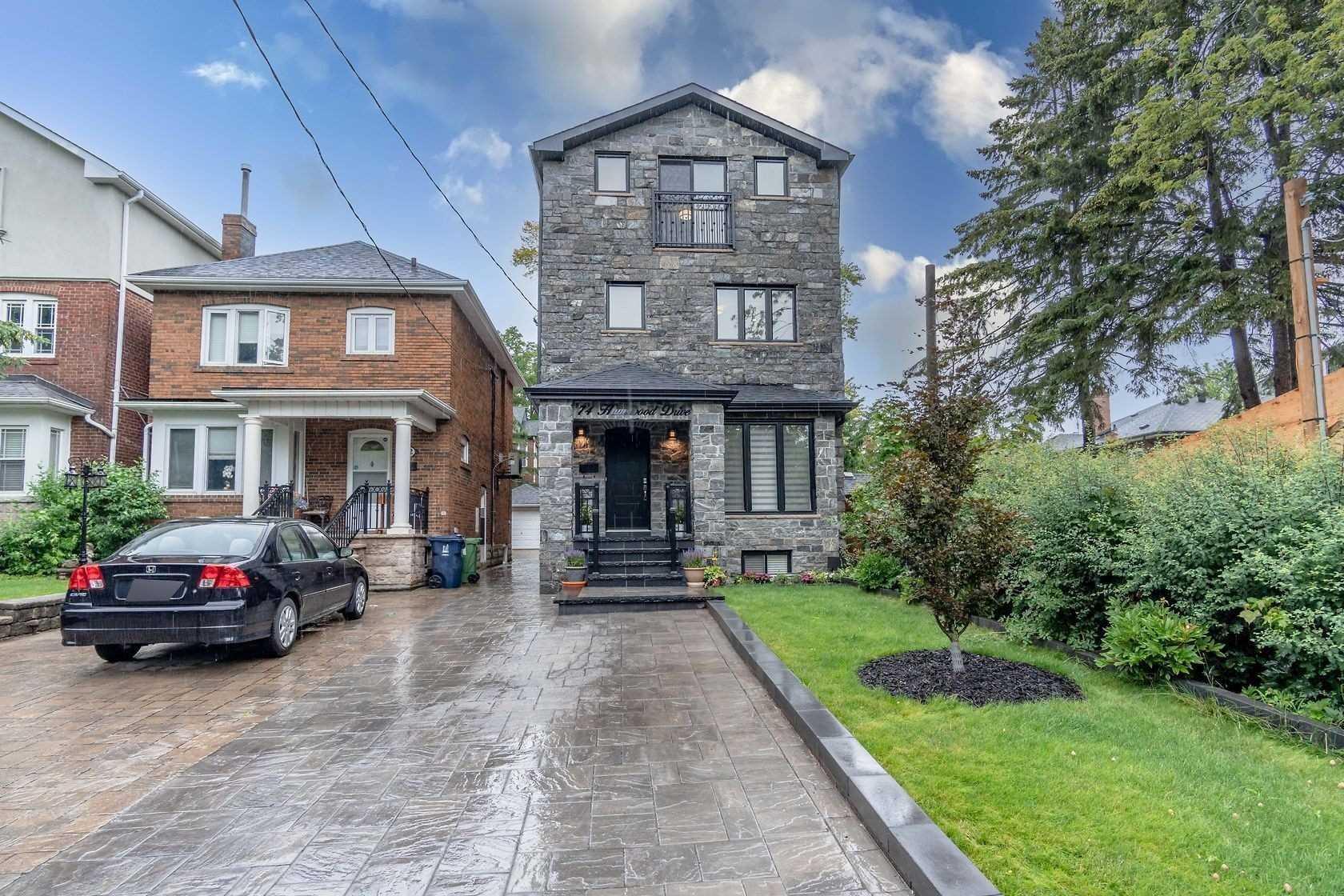 74 Humewood Dr, Toronto, Ontario M6C2W5, 4 Bedrooms Bedrooms, 9 Rooms Rooms,5 BathroomsBathrooms,Detached,For Sale,Humewood,C5312835