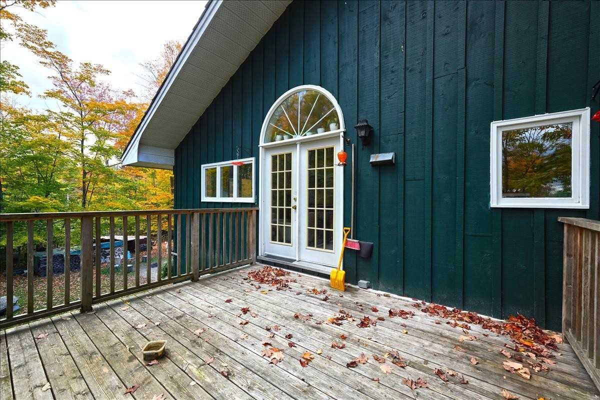 1016 Peninsula Rd, Muskoka Lakes, Ontario P0B 1G0, 1 Bedroom Bedrooms, 10 Rooms Rooms,2 BathroomsBathrooms,Other,For Sale,Peninsula,X5312125