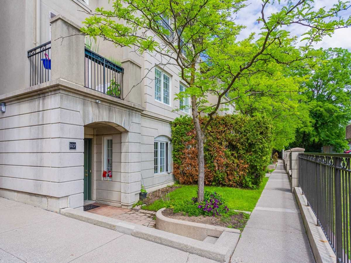 Condo Townhouse For Sale In Toronto , 3 Bedrooms Bedrooms, ,3 BathroomsBathrooms,Condo Townhouse,For Sale,D21,Finch
