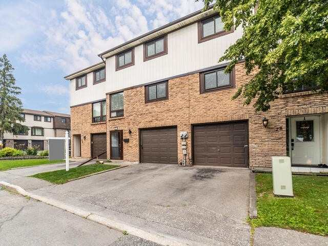 Condo Townhouse For Sale In Oshawa , 3 Bedrooms Bedrooms, ,2 BathroomsBathrooms,Condo Townhouse,For Sale,27,Ormond