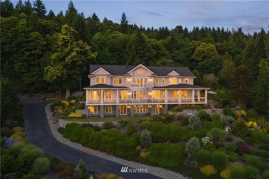 3202 Lake Sammamish Parkway, Sammamish, Washington 98074, 5 Bedrooms Bedrooms, ,2 BathroomsBathrooms,Residential,For Sale,Lake Sammamish,NWM1812027