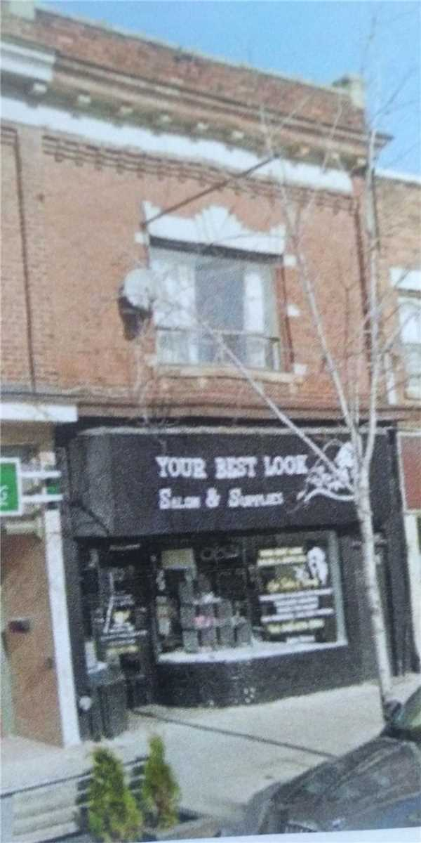 Store W/apt/offc For Lease In Toronto , 1 Bedroom Bedrooms, ,2 BathroomsBathrooms,Store W/apt/offc,For Lease,St Clair