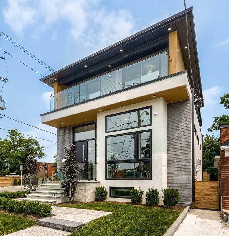39 Lankin Blvd, Toronto, Ontario M4J4W7, 4 Bedrooms Bedrooms, 11 Rooms Rooms,5 BathroomsBathrooms,Detached,For Sale,Lankin,E5315758