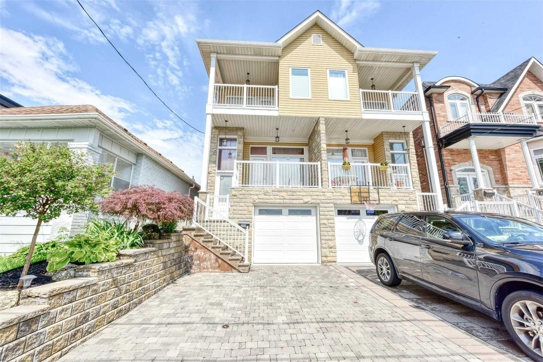 Semi-Detached For Sale In Toronto , 3 Bedrooms Bedrooms, ,4 BathroomsBathrooms,Semi-Detached,For Sale,Kane