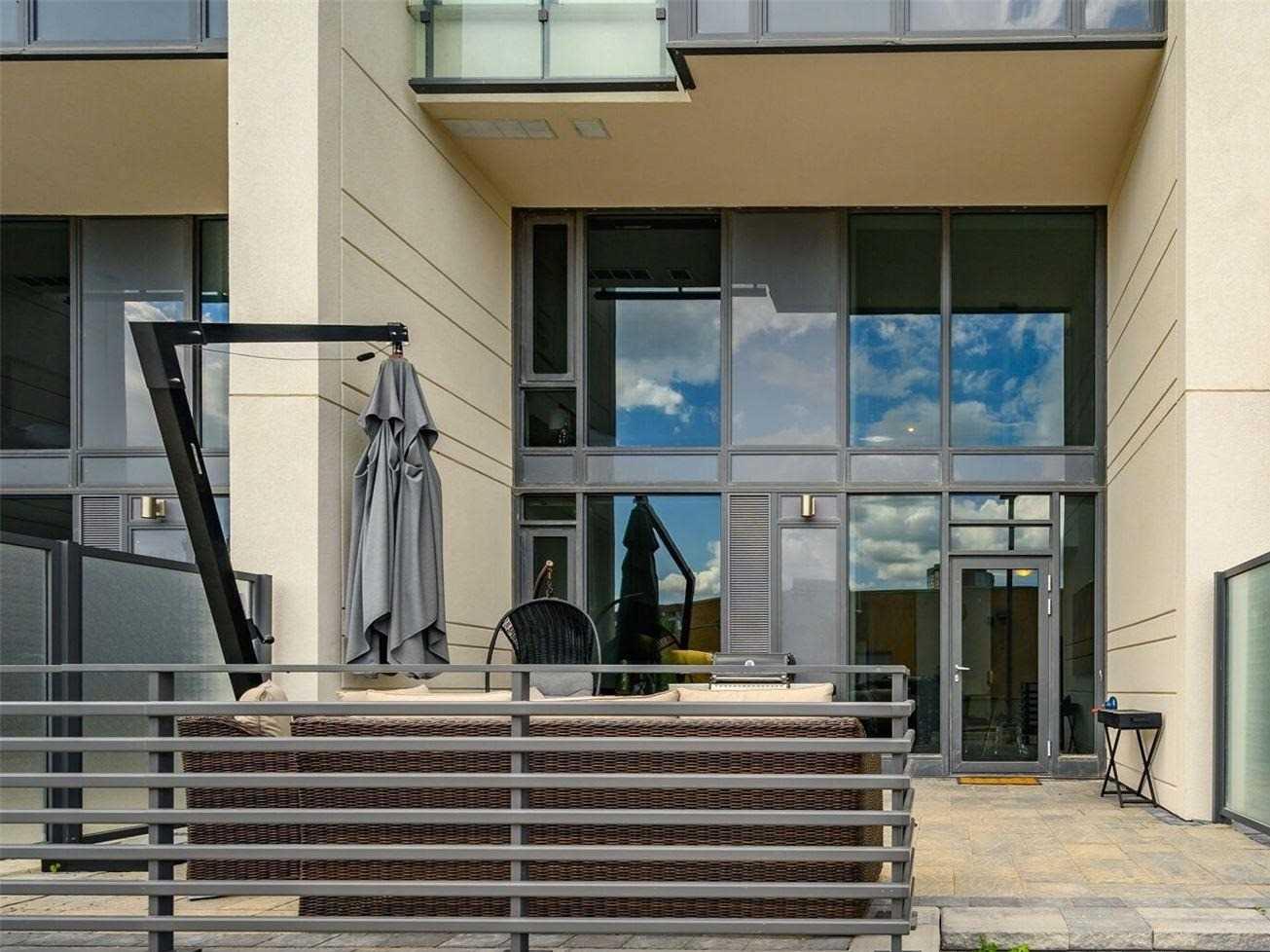 Condo Townhouse For Sale In Richmond Hill , 2 Bedrooms Bedrooms, ,3 BathroomsBathrooms,Condo Townhouse,For Sale,101,Yonge