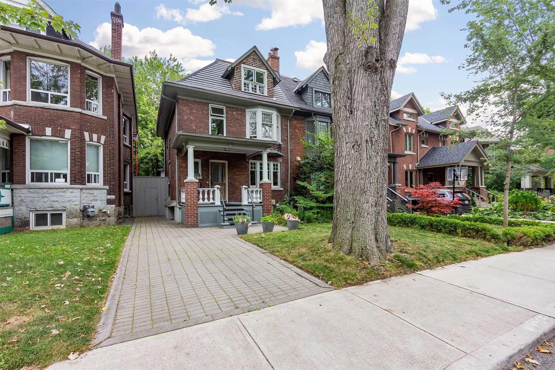 499 Palmerston Blvd, Toronto, Ontario M6G2P2, 3 Bedrooms Bedrooms, 15 Rooms Rooms,5 BathroomsBathrooms,Semi-detached,For Sale,Palmerston,C5275385