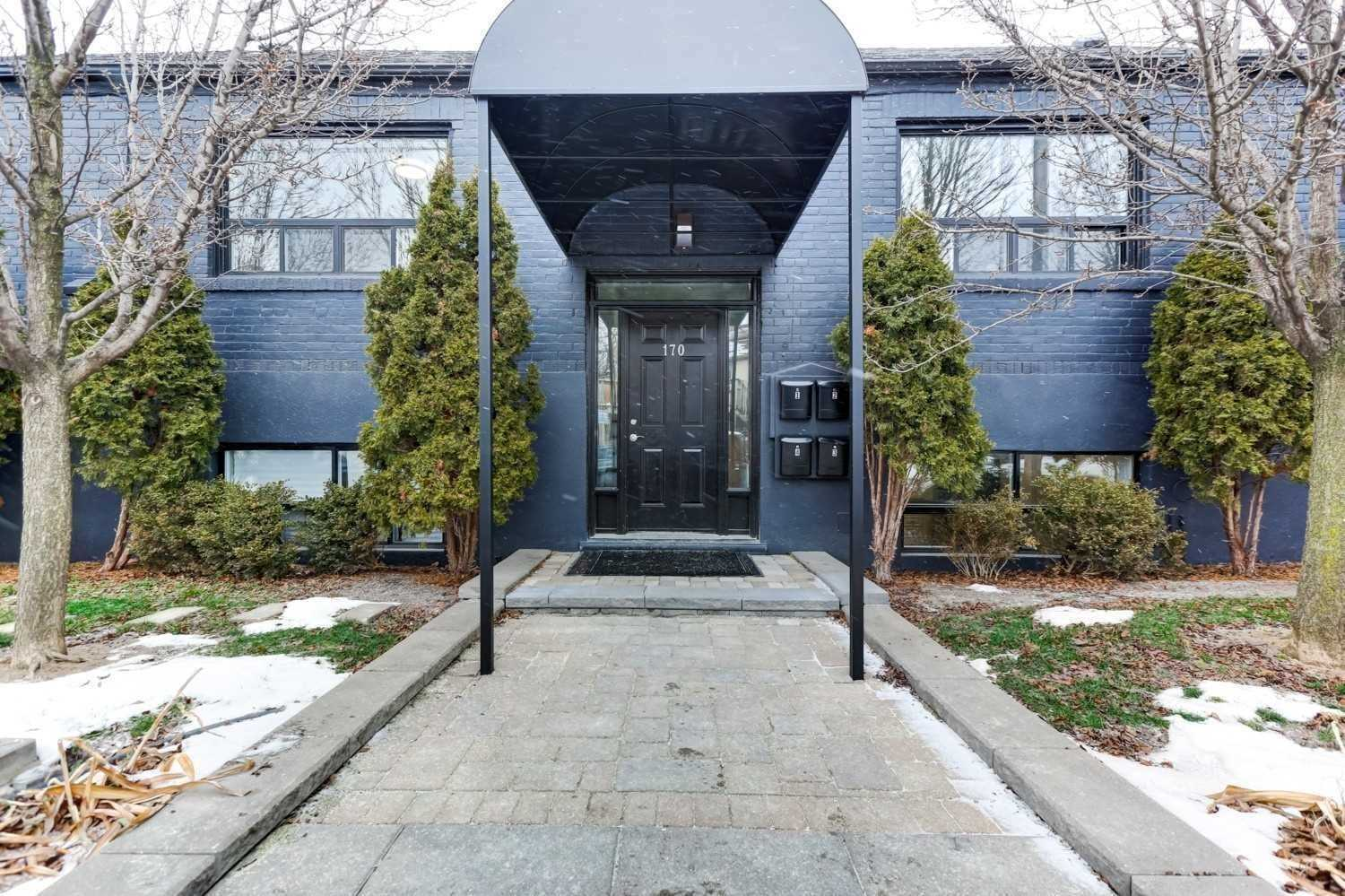 Fourplex For Lease In Toronto , 2 Bedrooms Bedrooms, ,1 BathroomBathrooms,Fourplex,For Lease,#3,Holborne