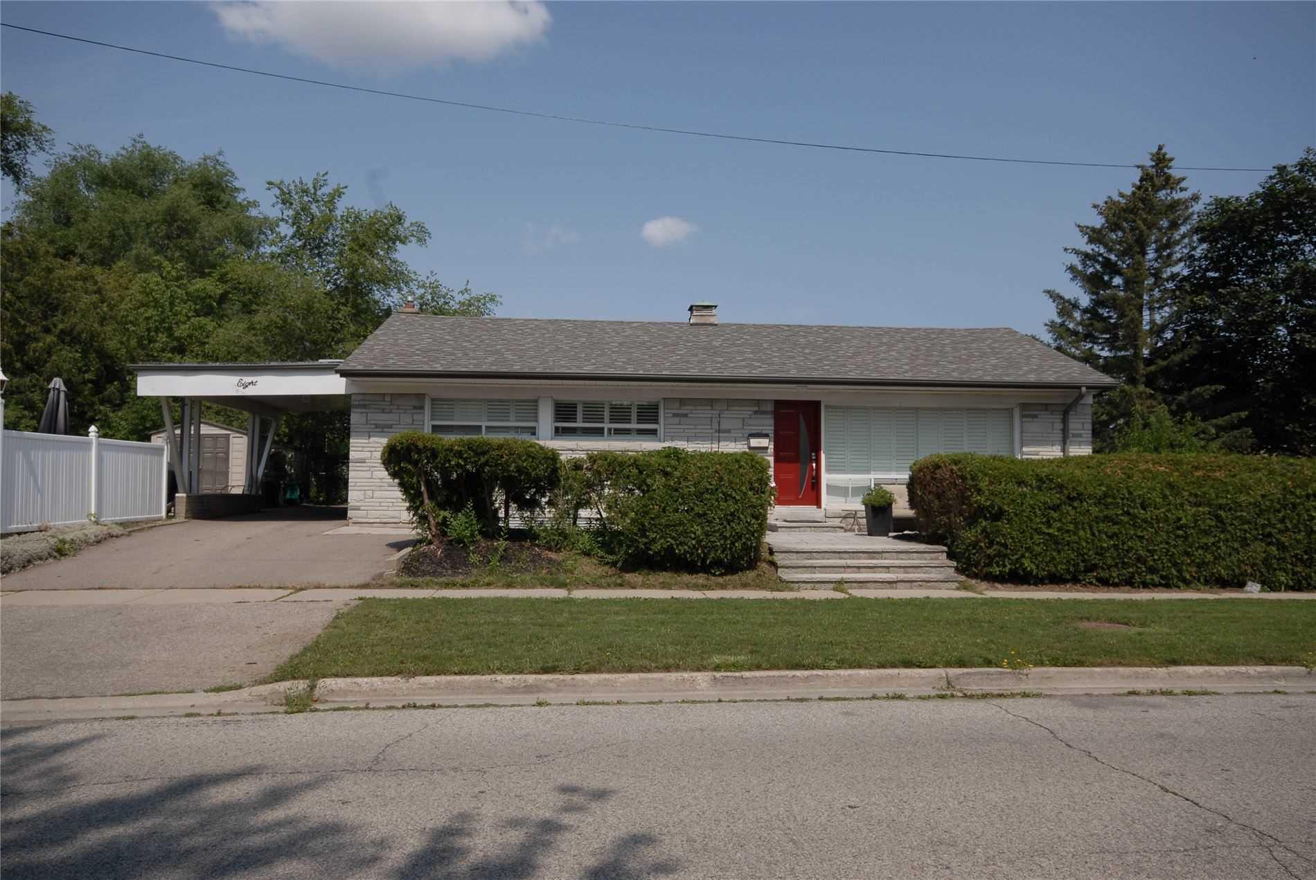 8 Drumheller Rd, Toronto, Ontario M9W4A3, 3 Bedrooms Bedrooms, 6 Rooms Rooms,2 BathroomsBathrooms,Detached,For Sale,Drumheller,W5317075