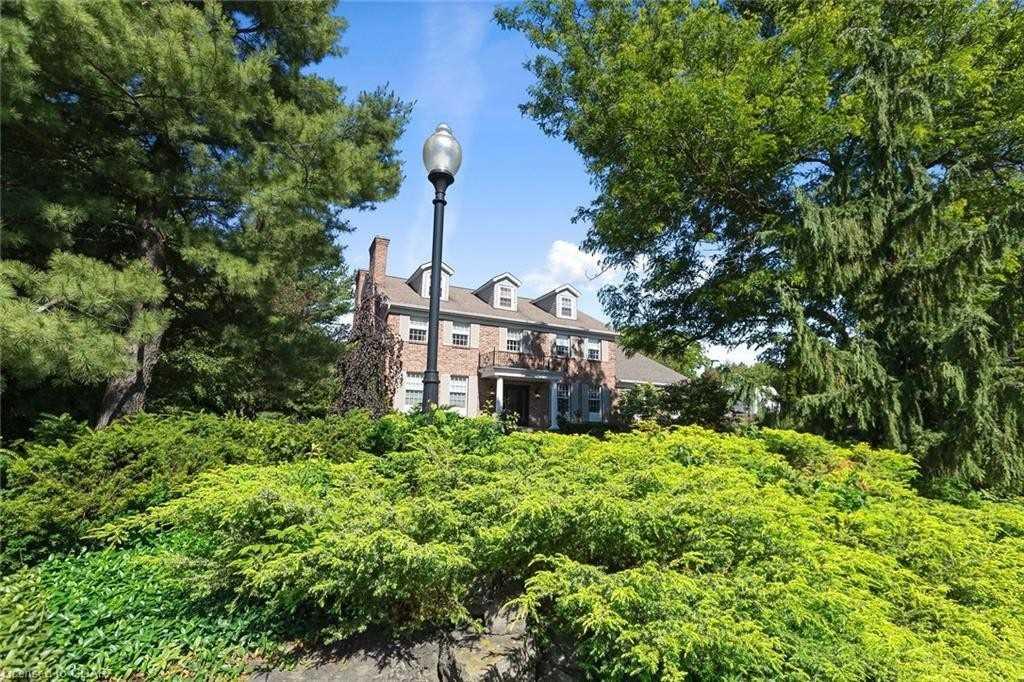 Detached house For Sale In Guelph/Eramosa - 157 Cobblestone Pl, Guelph/Eramosa, Ontario, Canada N0B 2K0 , 5 Bedrooms Bedrooms, ,8 BathroomsBathrooms,Detached,For Sale,Cobblestone