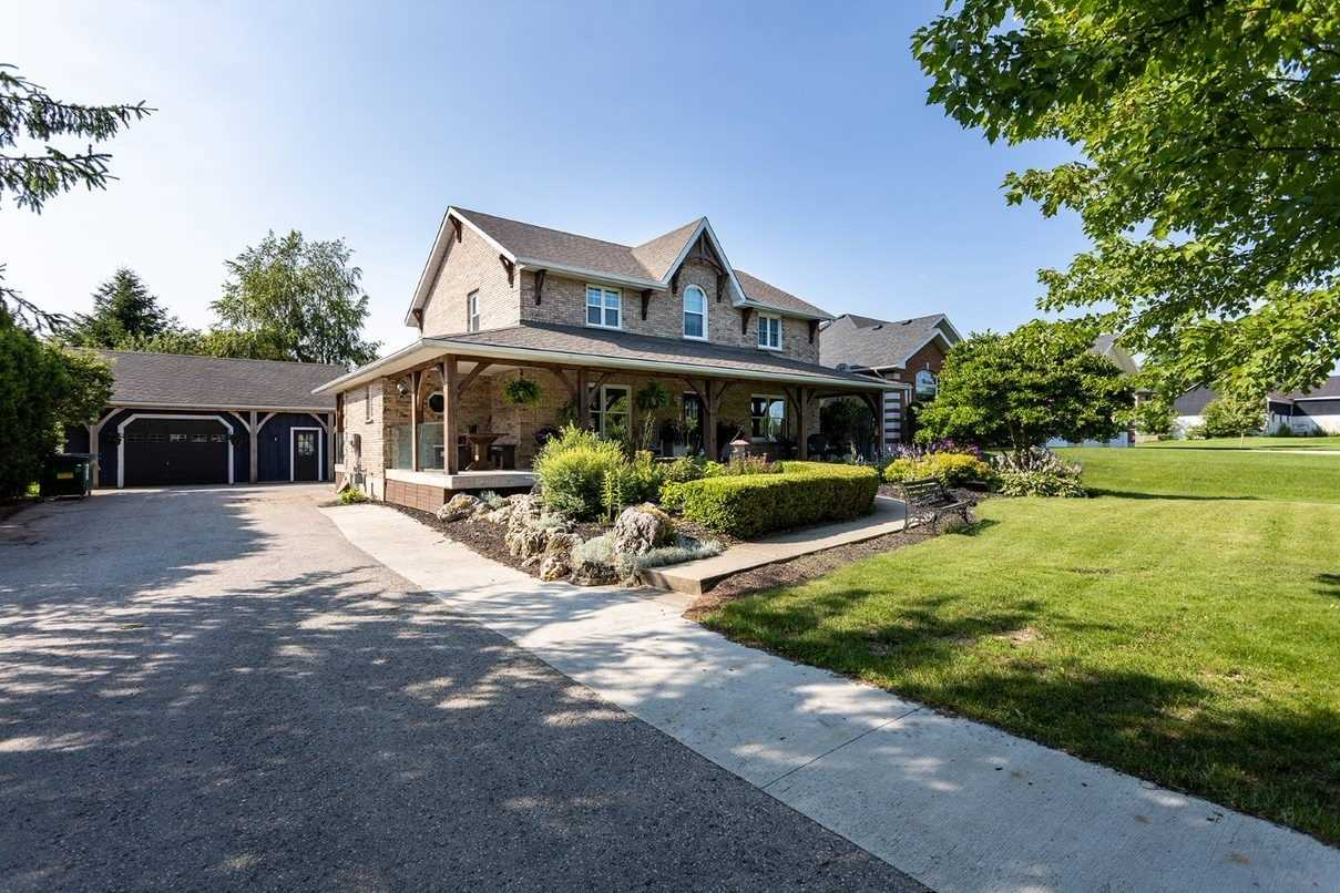 Detached house For Sale In Wellington North