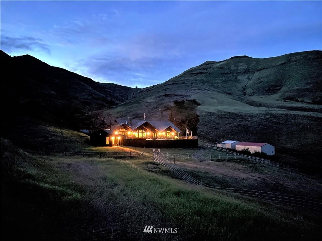 12062 Shumaker Road, Anatone, Washington 99401, 2 Bedrooms Bedrooms, ,2 BathroomsBathrooms,Farm,For Sale,Shumaker,NWM1800928