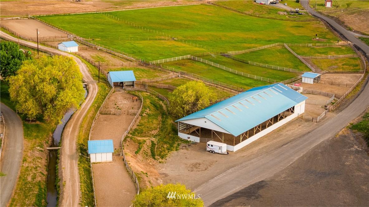0 Perry Road, Ellensburg, Washington 98926, ,Farm,For Sale,Perry Road,NWM1813005
