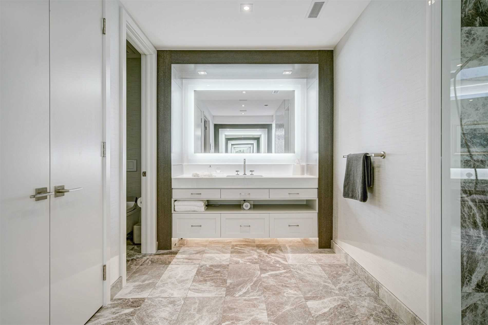 12 Erica Rd, Vaughan, Ontario L4J2G1, 5 Bedrooms Bedrooms, 32 Rooms Rooms,11 BathroomsBathrooms,Detached,For Sale,Erica,N5318881