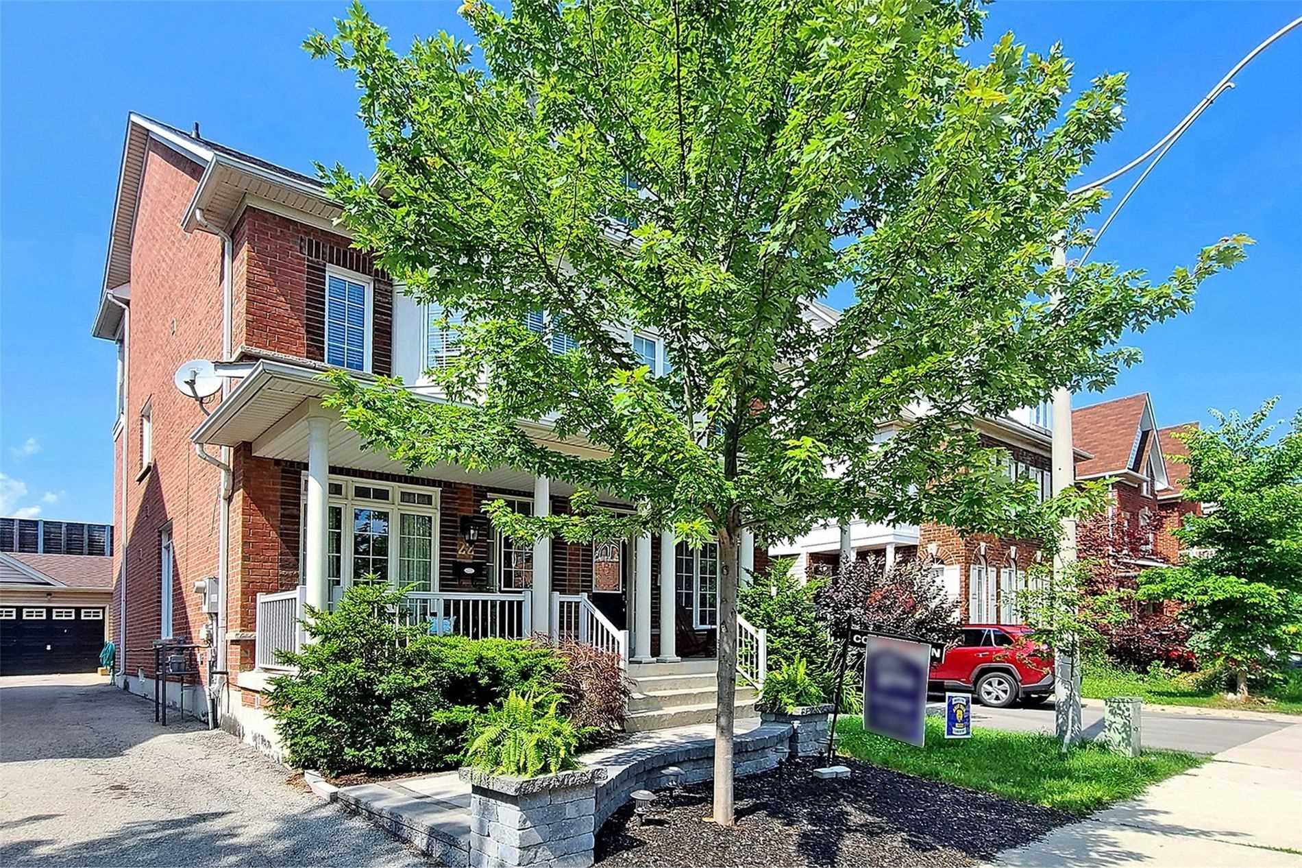 Semi-Detached For Sale In Toronto , 3 Bedrooms Bedrooms, ,3 BathroomsBathrooms,Semi-Detached,For Sale,Enroutes