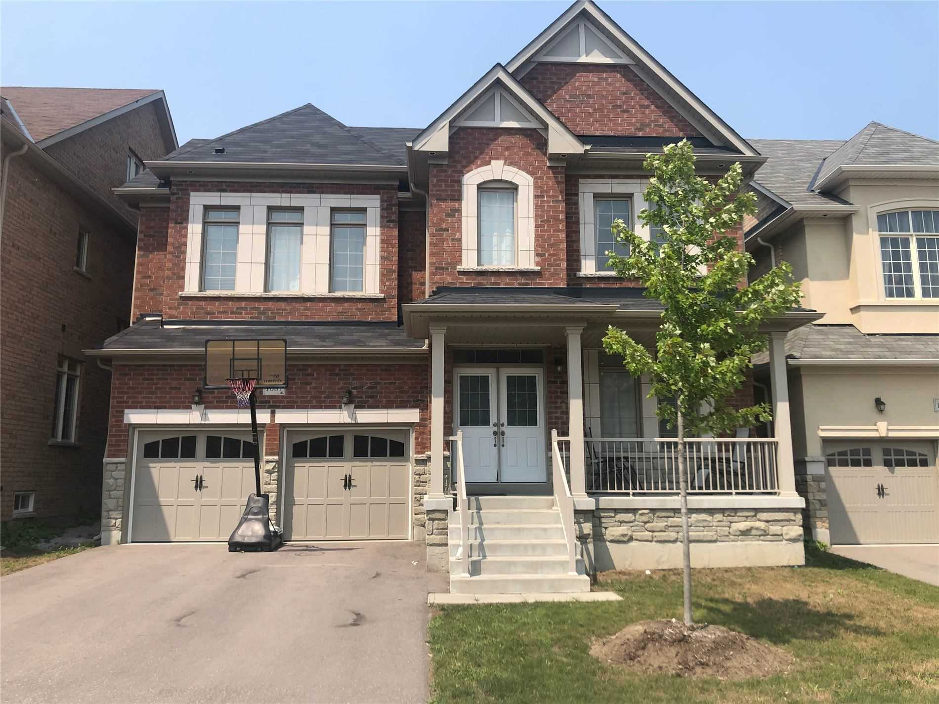 Detached house For Sale In Newmarket - 1087 Grainger Tr, Newmarket, Ontario, Canada L3X0G6 , 5 Bedrooms Bedrooms, ,5 BathroomsBathrooms,Detached,For Sale,Grainger