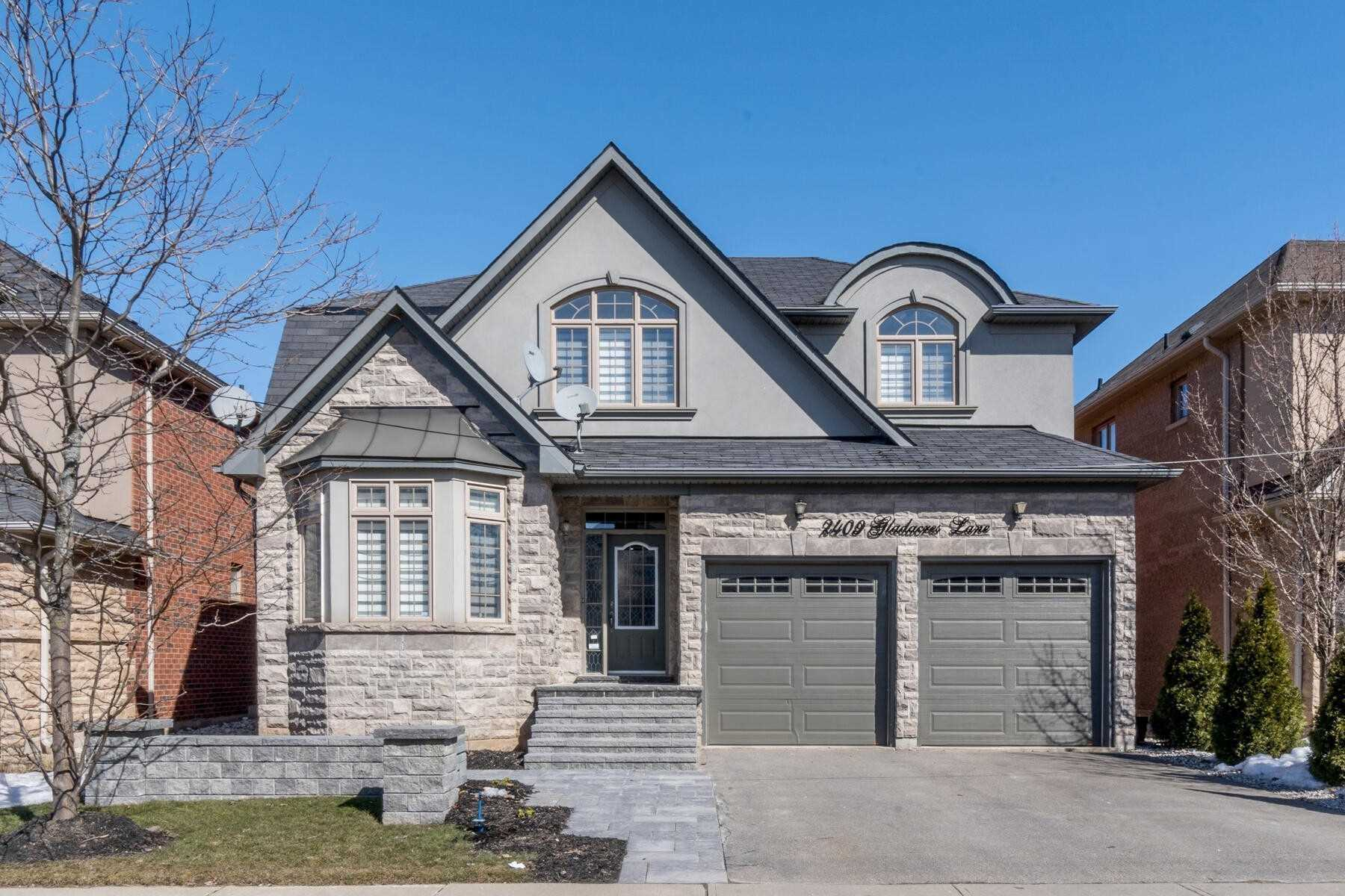 Detached house For Lease In Oakville - 2409 Gladacres Lane, Oakville, Ontario, Canada L6M 0G4 , 4 Bedrooms Bedrooms, ,5 BathroomsBathrooms,Detached,For Lease,Gladacres