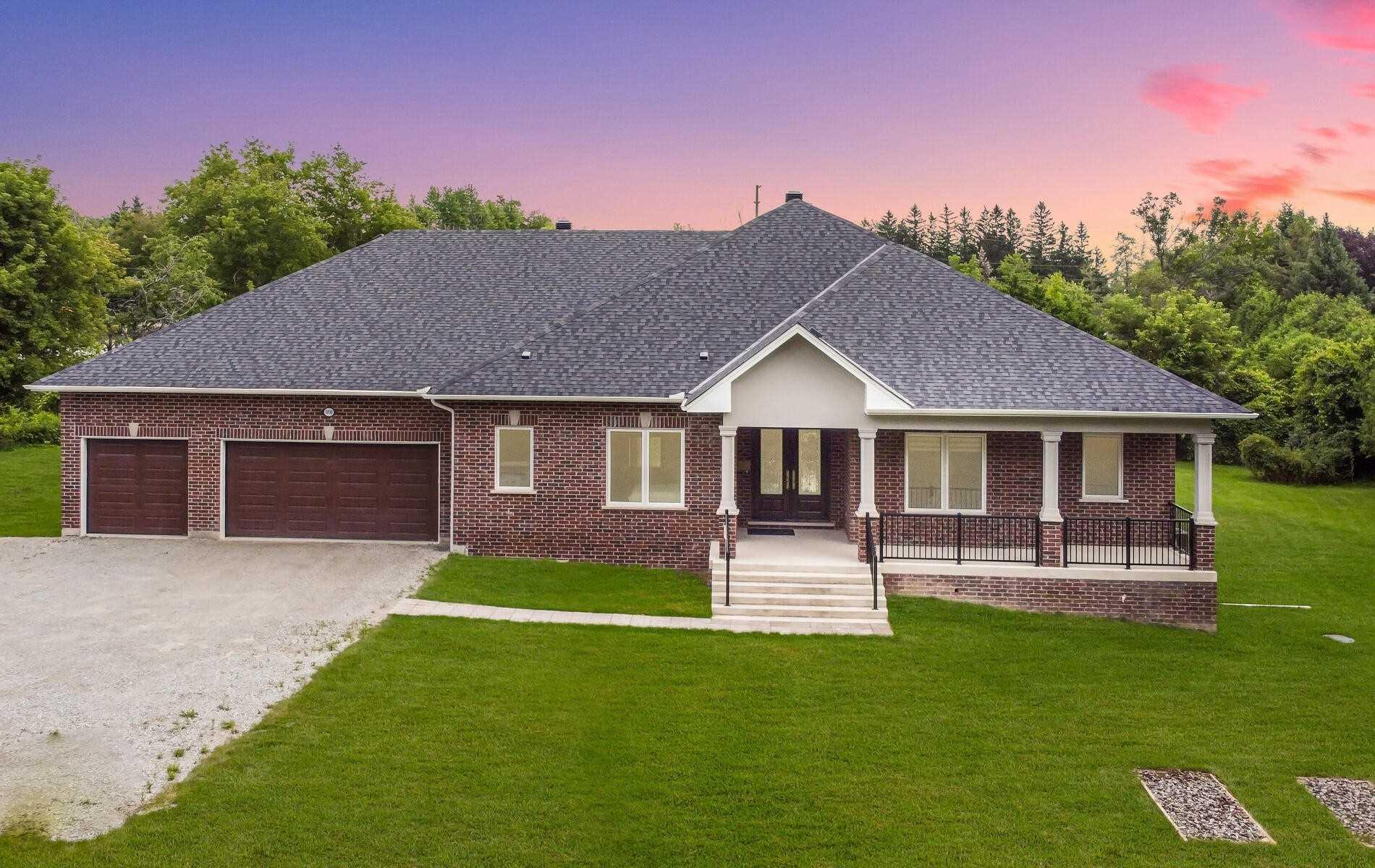 Detached house For Sale In Burlington - 5030 Guelph Line, Burlington, Ontario, Canada L7P 0V4 , 3 Bedrooms Bedrooms, ,4 BathroomsBathrooms,Detached,For Sale,Guelph Line