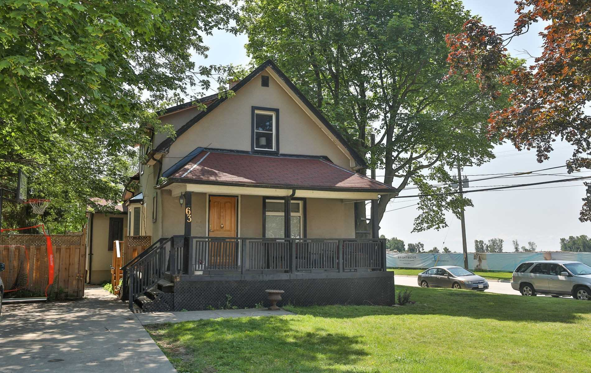 Detached house For Lease In Mississauga - 63 Port St, Mississauga, Ontario, Canada L5H1E2 , 3 Bedrooms Bedrooms, ,1 BathroomBathrooms,Detached,For Lease,Upper,Port