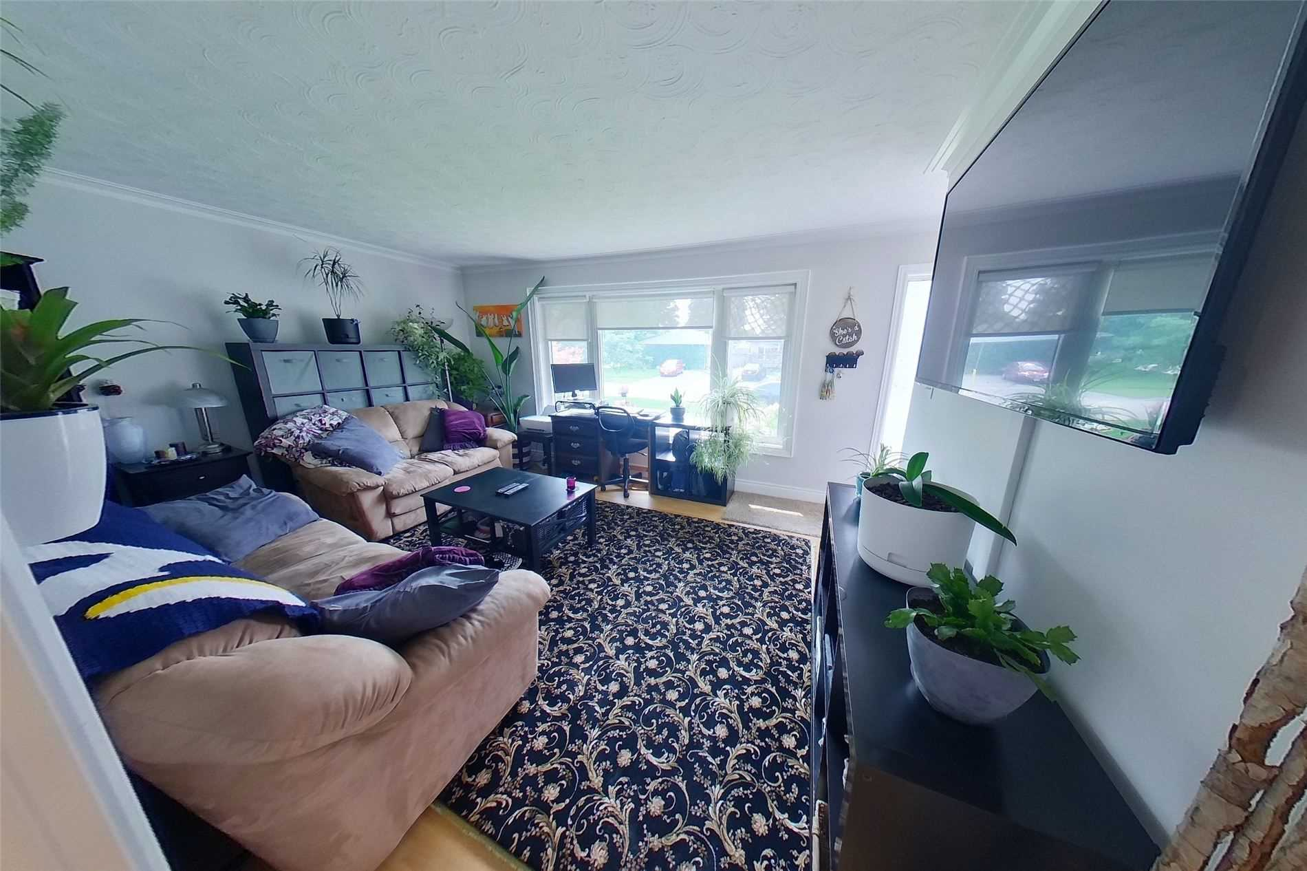 Detached house For Sale In Halton Hills - 56 Mcintyre Cres, Halton Hills, Ontario, Canada L7G1N3 , 3 Bedrooms Bedrooms, ,2 BathroomsBathrooms,Detached,For Sale,Mcintyre