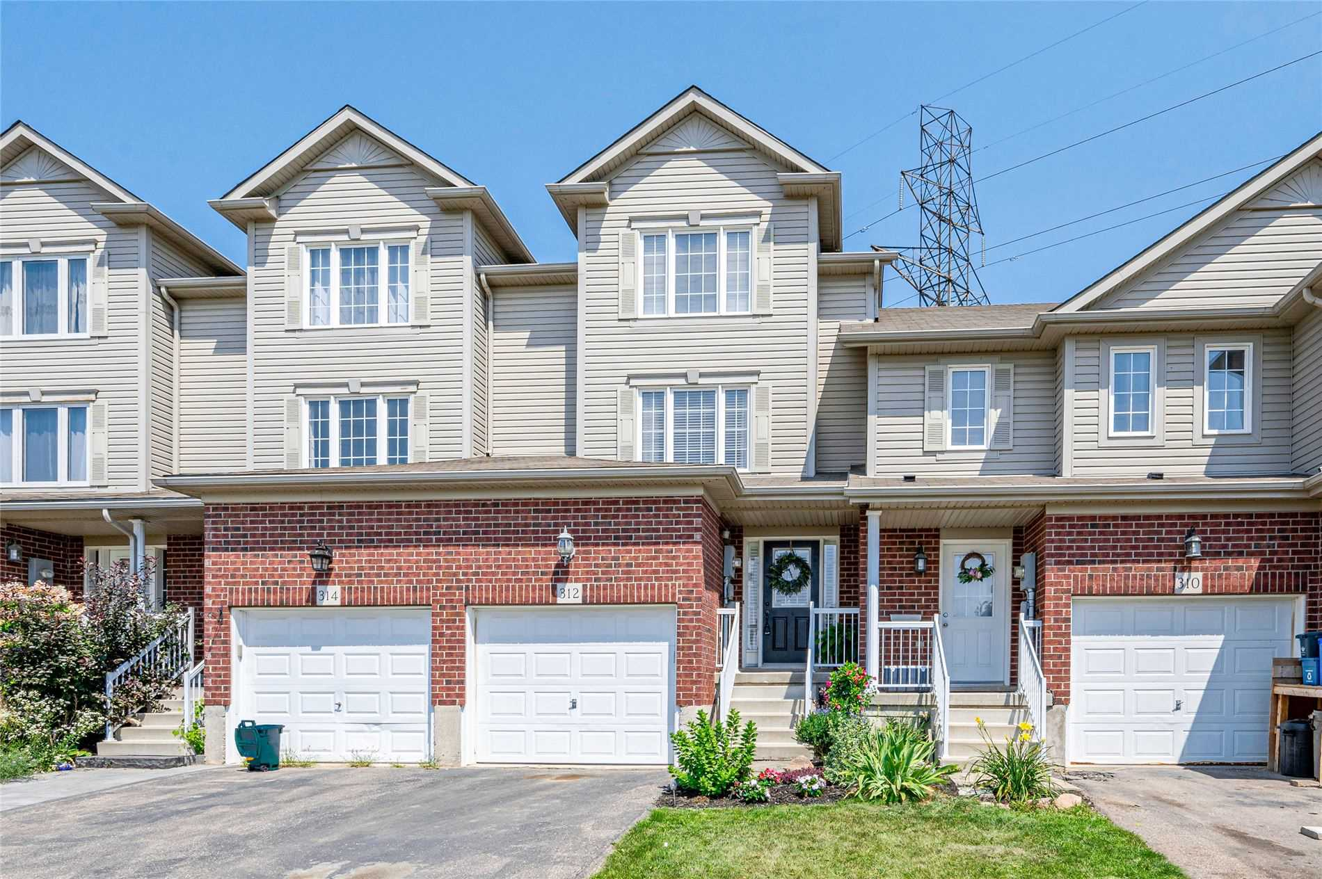 Att/row/twnhouse For Sale In Kitchener , 3 Bedrooms Bedrooms, ,3 BathroomsBathrooms,Att/row/twnhouse,For Sale,Parkvale