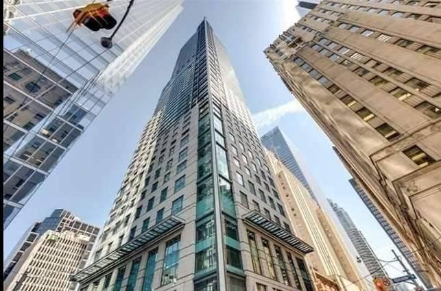 Condo Apt For Sale In Toronto , 2 Bedrooms Bedrooms, ,2 BathroomsBathrooms,Condo Apt,For Sale,3402,Bay