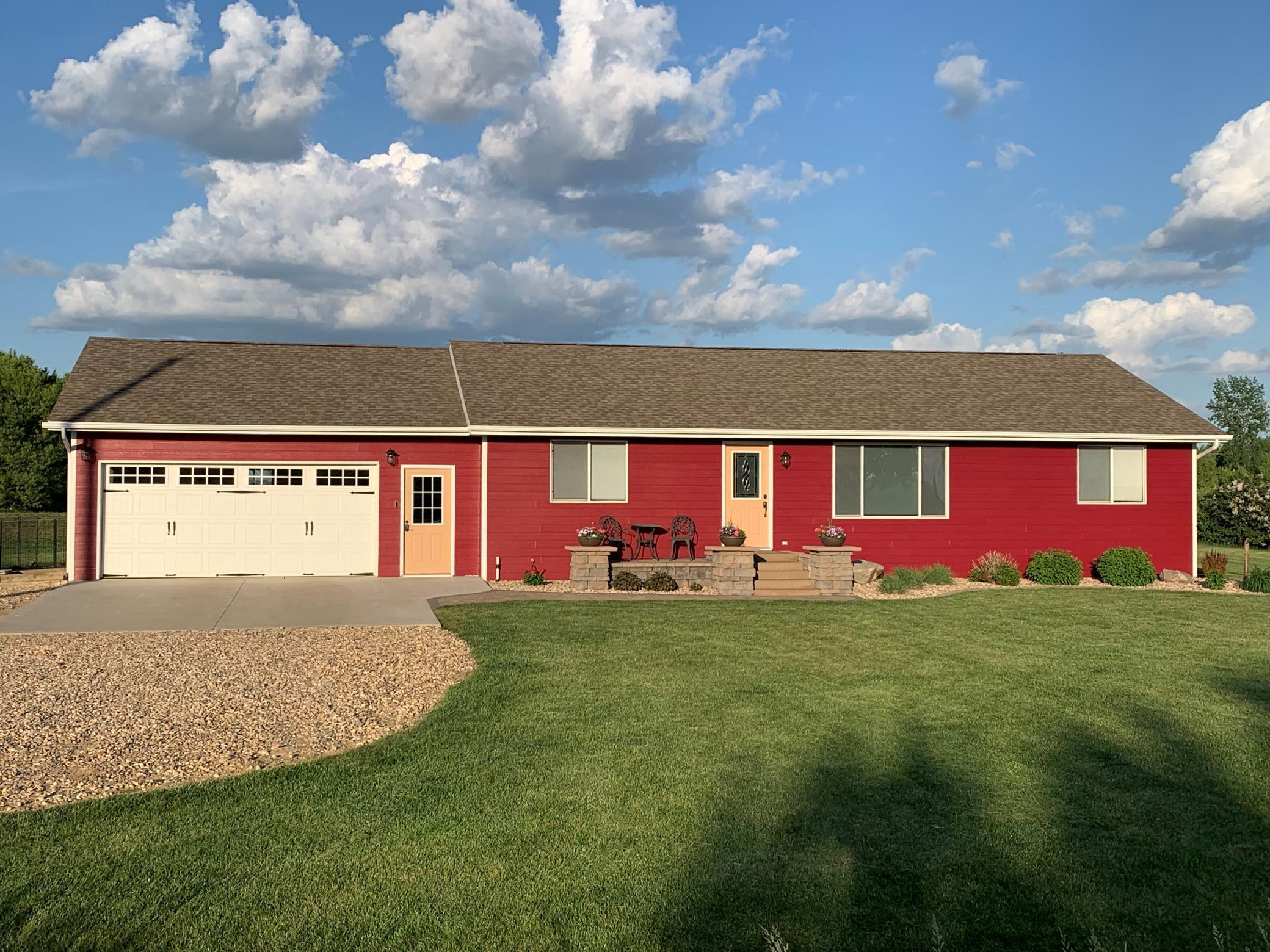 89794 380th Avenue, Heron Lake, MN 56137, 5 Bedrooms Bedrooms, ,3 BathroomsBathrooms,Residential,For Sale,380th,NST6030632