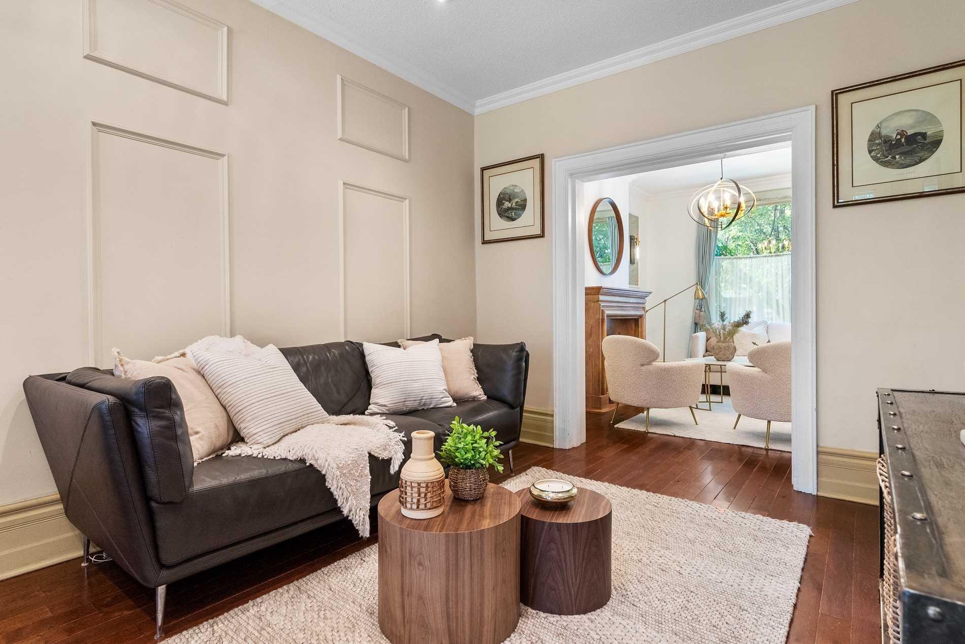 Detached house For Sale In Toronto - 2145 Gerrard St, Toronto, Ontario, Canada M4E2C1 , 3 Bedrooms Bedrooms, ,3 BathroomsBathrooms,Detached,For Sale,Gerrard