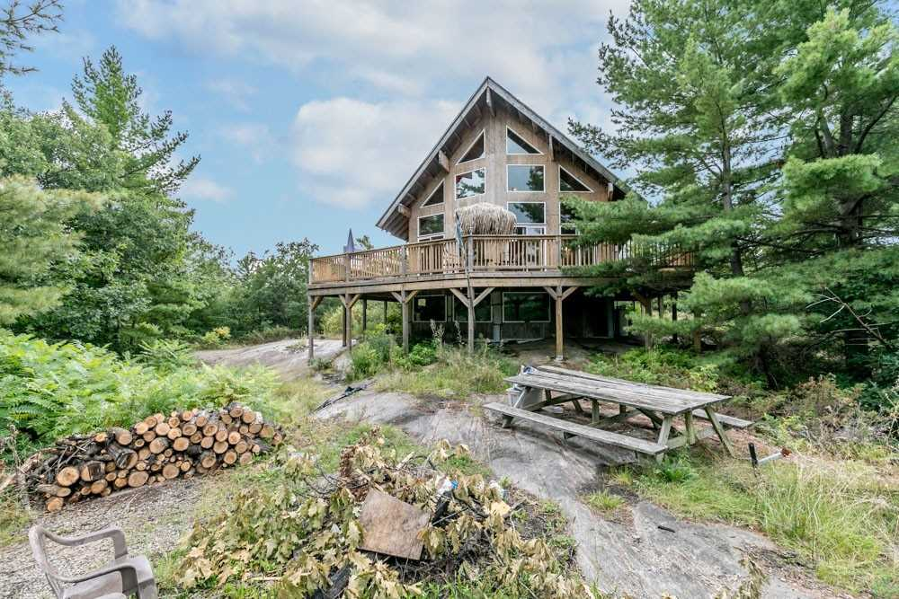 Cottage For Sale In Georgian Bay , 3 Bedrooms Bedrooms, ,1 BathroomBathrooms,Cottage,For Sale,Deer Island (980 Is)