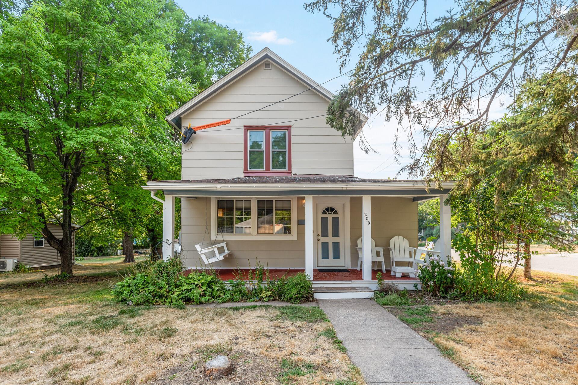 209 2nd Avenue, Buffalo, Minnesota 55313, 4 Bedrooms Bedrooms, ,1 BathroomBathrooms,Residential,For Sale,2nd,NST6068780