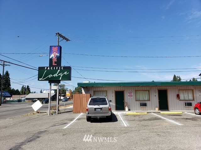 8821 Pacific Ave, Tacoma, Washington 98444, ,Commercial Sale,For Sale,Pacific Ave,NWM1816324