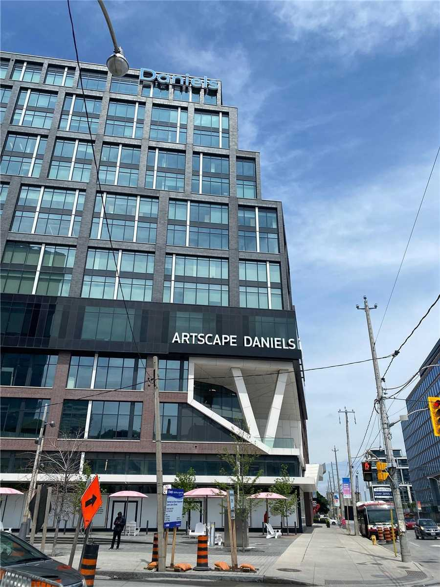 Commercial/retail For Lease In Toronto , ,Commercial/retail,For Lease,613,Queens