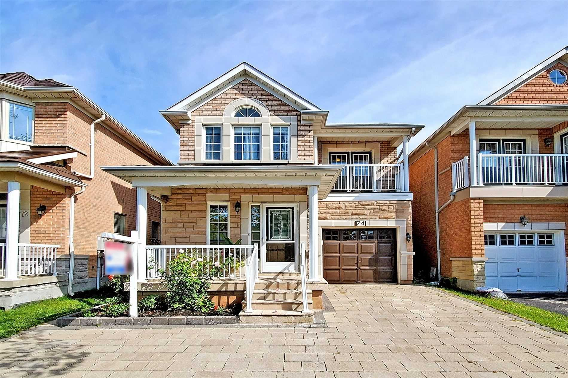 Detached house For Sale In Markham - 74 Warren Bradley St, Markham, Ontario, Canada L6C2X4 , 3 Bedrooms Bedrooms, ,4 BathroomsBathrooms,Detached,For Sale,Warren Bradley