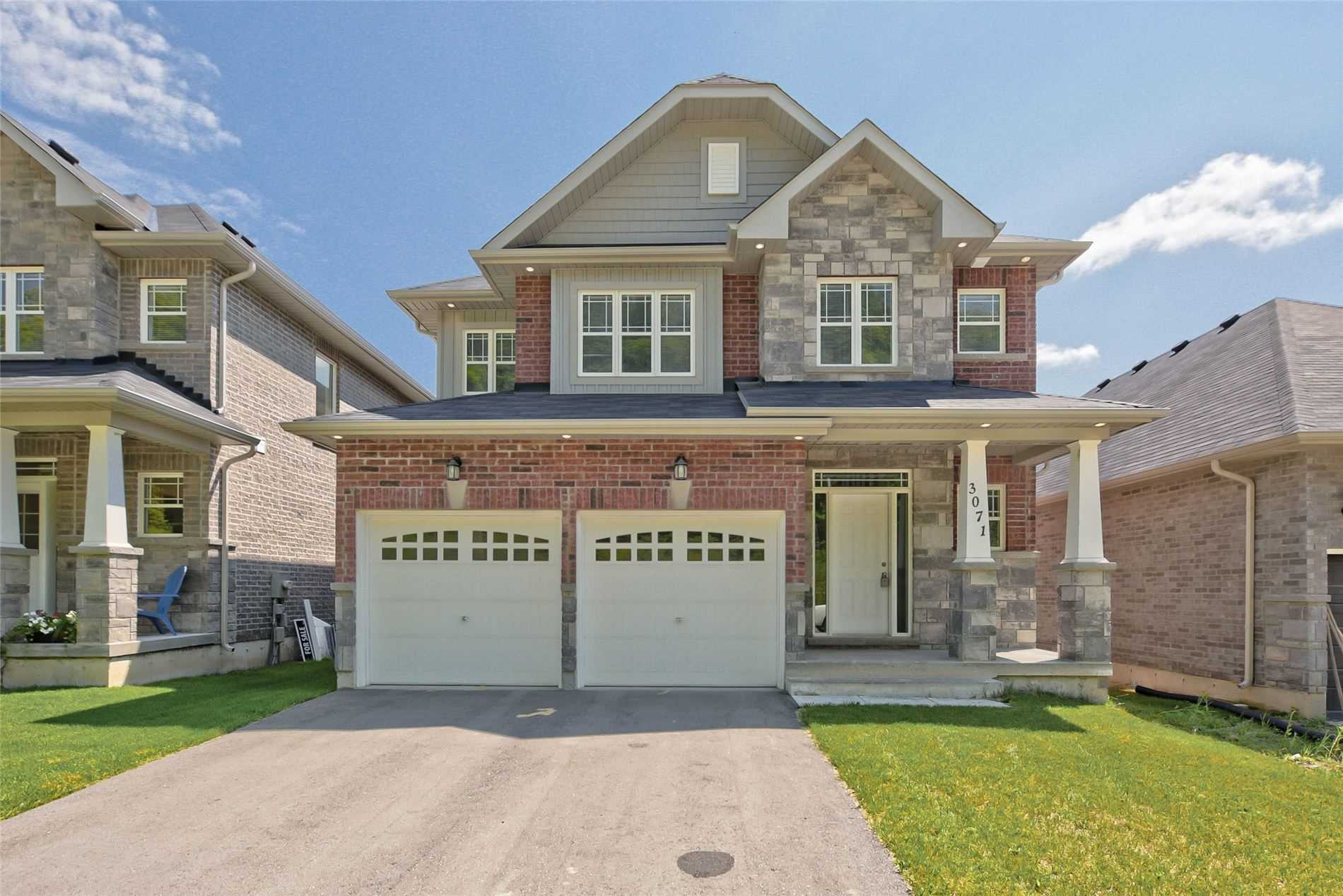 Detached house For Sale In Orillia