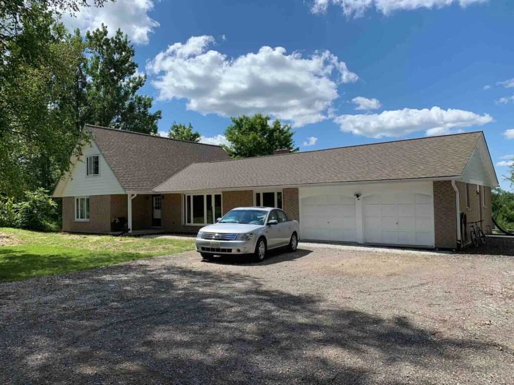 Detached house For Sale In Erin