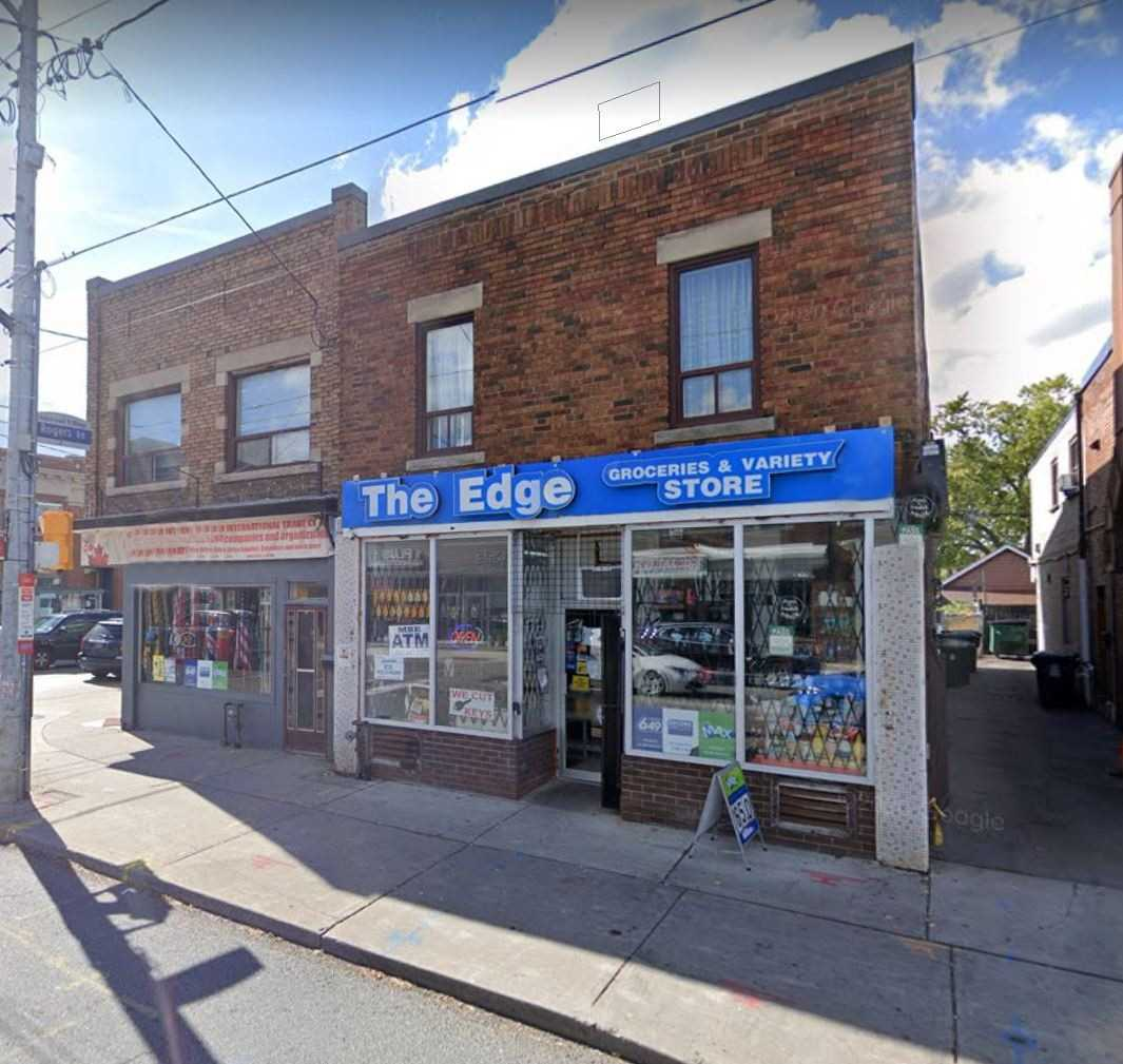 Store W/apt/office For Sale In Toronto , ,Store W/apt/office,For Sale,Oakwood