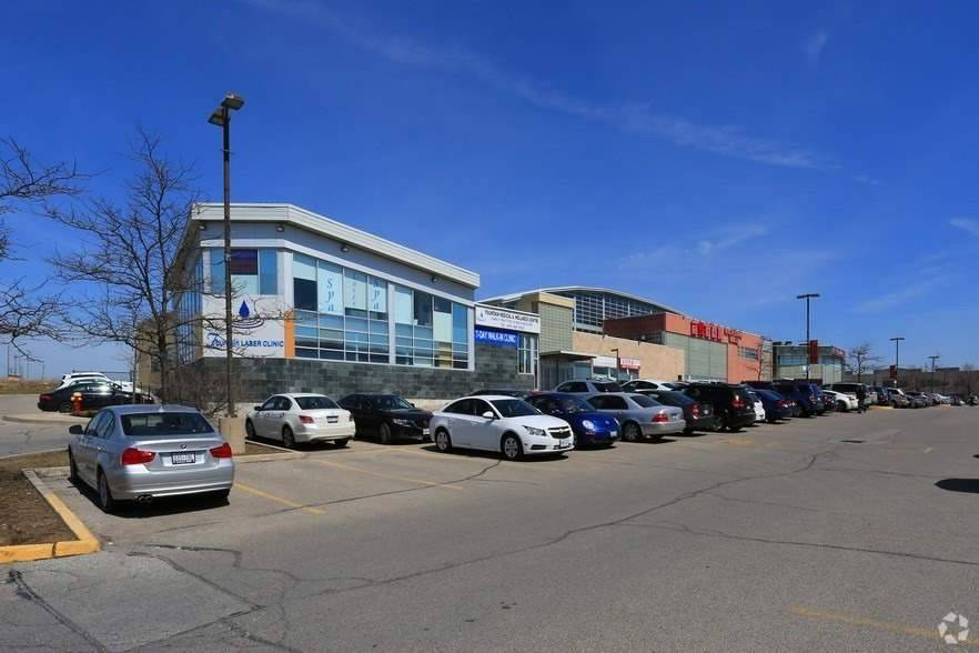 Commercial/retail For Lease In Richmond Hill , ,Commercial/retail,For Lease,9,Leslie