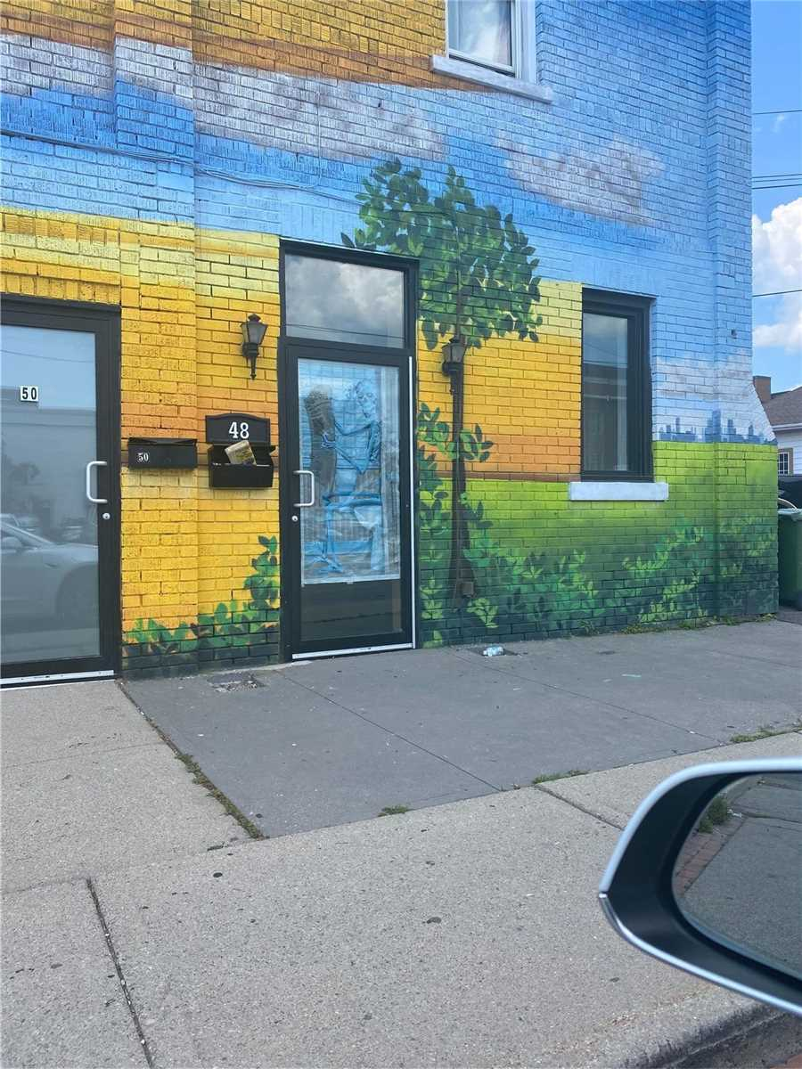 Commercial/retail For Lease In Hamilton , ,1 BathroomBathrooms,Commercial/retail,For Lease,Summit