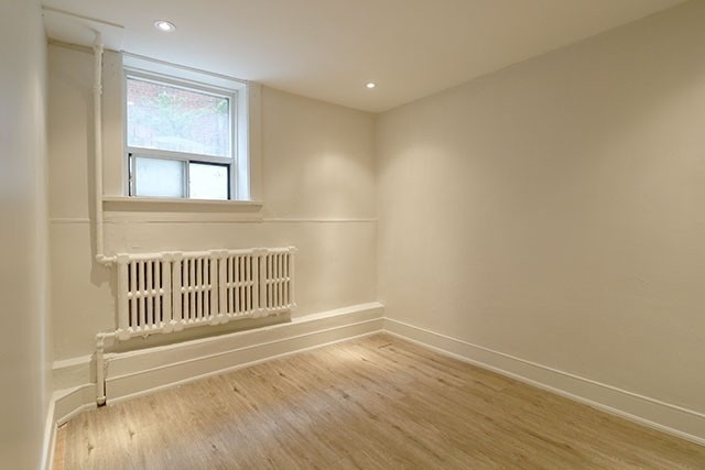 Multiplex For Lease In Toronto , 2 Bedrooms Bedrooms, ,1 BathroomBathrooms,Multiplex,For Lease,Lower,Bloor