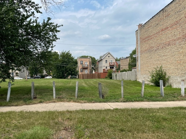 710 42nd Street, Chicago, Illinois 60653, ,Farm,For Sale,42nd,MRD11172425